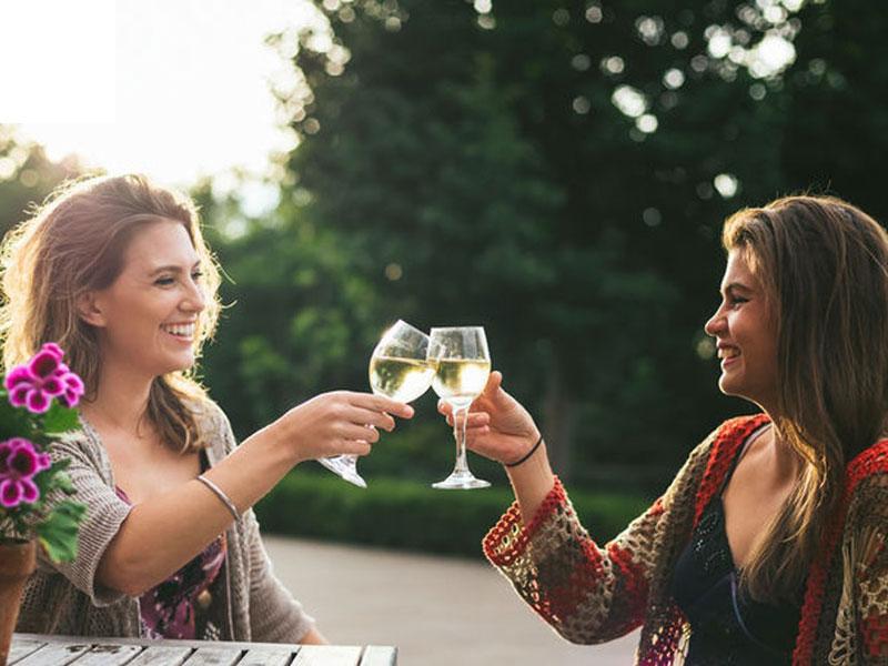 Rượu vang có khả năng chống lão hóa cho làn da