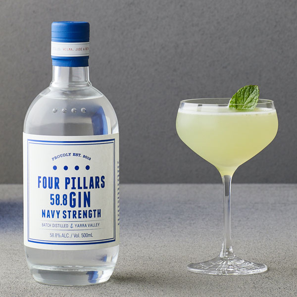 Rượu Gin Four Pillars Navy Strength