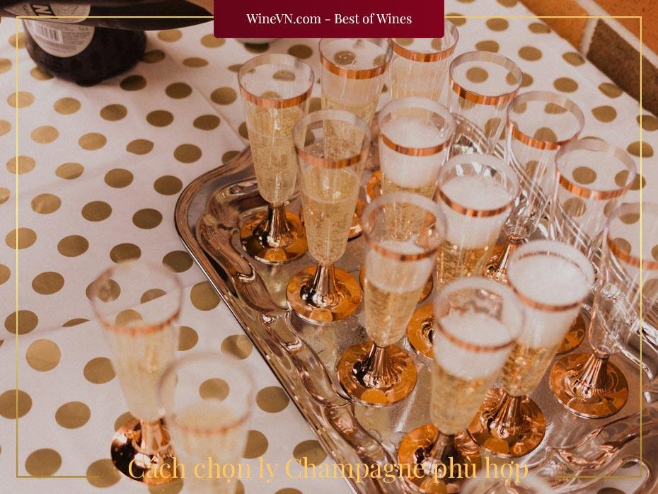 cách chọn ly Champagne phù hợp