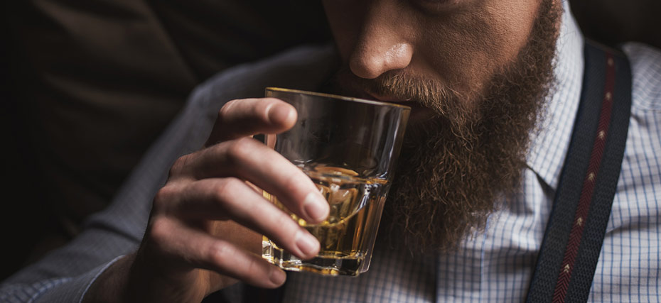 ngửi rượu Whisky